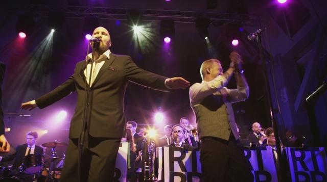 Ricky-Tick Big Band & Julkinen Sana - Viela vahan